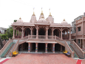 Shree Swaminarayan Temple Kakariya